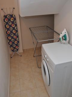 Villa Stravorina's laundry room.