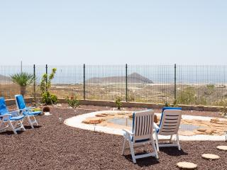LUXURY VILLA SEAVIEWS WIFI, Tenerife