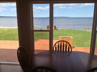 Oceanfront cottage in Grande-Digue, on Cocagne Bay