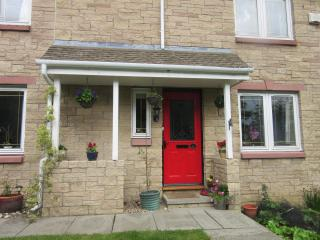 Twin room in Homely Bed and Breakfast in Dunfermline, nearish Edinburgh,