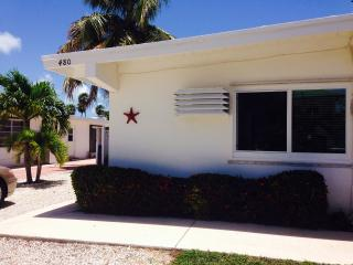 Florida Keys Newly Renovated Tropical Paradise, Key Colony Beach