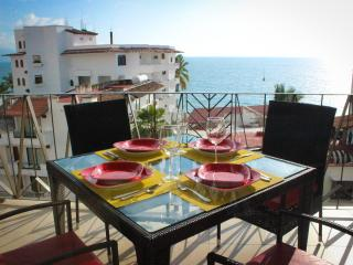 V177 - Ocean View - Fabulous 1 Bedroom, Puerto Vallarta