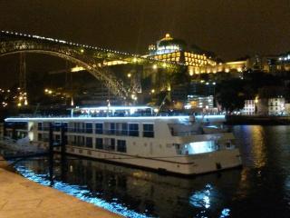 Cruises visit Porto