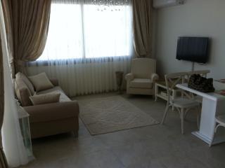 2 bedroom apartment, Kyrenia