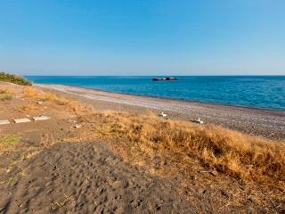 Beach Front Elegant Sea View villa, Gennadi