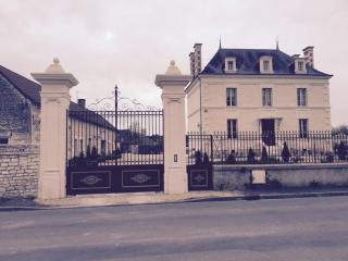 Maisonnette 4-5 personnes à 30 mn du futuroscope, Saint-Gervais-les-Trois-Clochers
