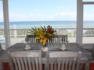 ISLAND DREAMS BEACH HOUSE!!!  ~2BED/2BATH~ PRIVATE GAZEB0, WIFI, ROKU, AC, GRILL