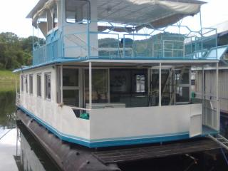 all seasons houseboats
