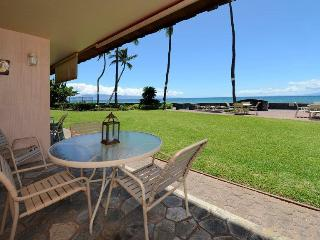 nothing between you on the lanai with your morning coffee, and that beautiful ocean view.