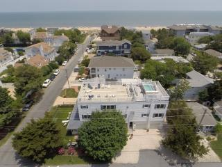 Memories Beach Home on the Ocean Block with Rooftop Deck, Heated Pool & Hot Tub, Rehoboth Beach