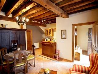 "Apartamento 2"" Casa Tablarredonda"", Province of Zamora"