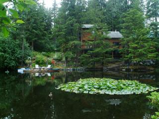 Pearson's Pond Luxury Inn and Adventure Spa, Juneau