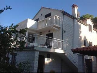35001 - 43571, Splitska