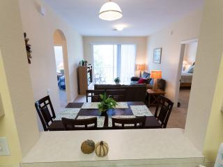 Beautiful 3bed condo Windsor Palms! Last min offer