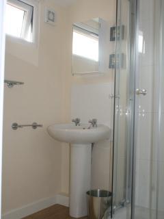 Toilet & Shower Room