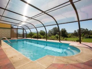 El Jardin del Poeta piscina de Abril a Octubre, Guijo de Granadilla