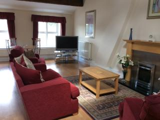 Penthouse style lounge/ bedroom en suite situated on second floor