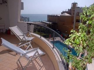 CASA VACANZE MARY GALLIPOLI -  100 mt dal mare ROSA VIRGINIA RESIDENCE
