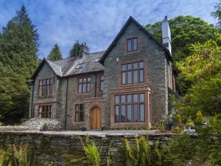 New - Brunt House '5 Star Gold' Holiday Home