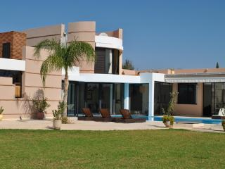 Modern holiday villa with private pool and hammam, Marrakech