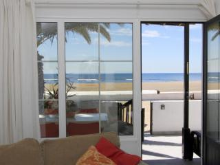 Beachfront Bungalow, Playa Honda, Lanzarote