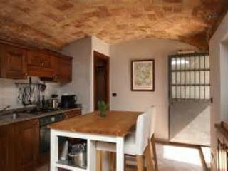 Central appartment in the heart of Monforte D'alba