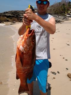 18kg.Snapper caught by Guest..Contadora is World Famous for fishing ! Why wait ?