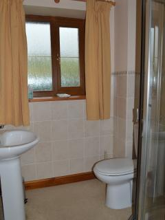 En-suite shower room off master bedroom.