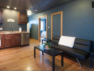 Convenient Lake View Apartment, Tahoe City