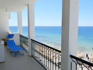 APARTMENT IN FACING THE SEA, PARKING PLACE, Armação de Pêra