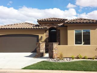 Beautiful New 3 bdrm private home in St. George Ut, Saint George