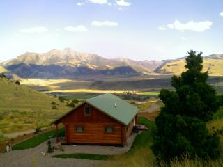 Yellowstone - Montana Cabin Retreat Sage Cabin - Beauty of Paradise Valley