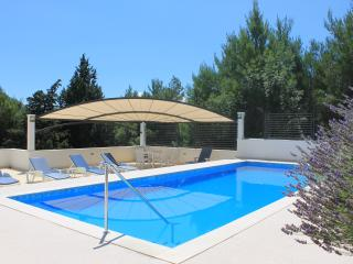 VILLA PROVOS- get 10 % DISCOUNT if booking 2 weeks, Omis