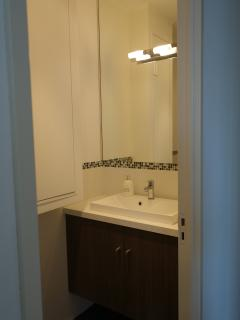 Half bathroom sink area