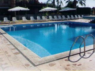 Acireale Capomulini bivani in Residence+piscina