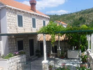 Charming house in Dubrovnik area