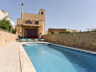 Ta Karkar Villa with Private Pool