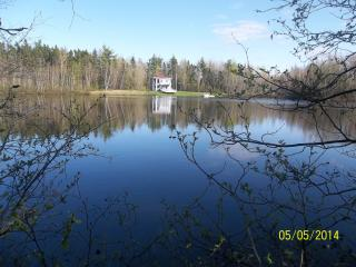 Cottage Goguen on private Lake, Cocagne