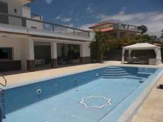 DUQ6712974 | Luxury 5 bedroom villa. Del Duque., Costa Adeje