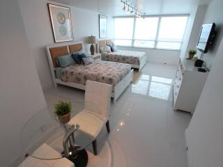 Ocean View Studio 622, Miami Beach