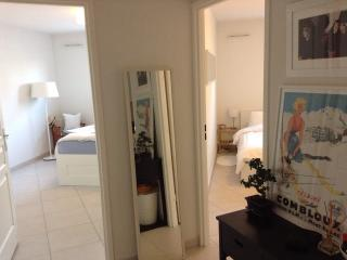 Bright and modern 56m2 apartment next to the port