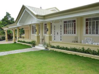 5-Bedroom Home near SM City Mall and Downtown, Davao City