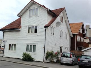House Ryfylke - Apartment 1 - Sleeps 6