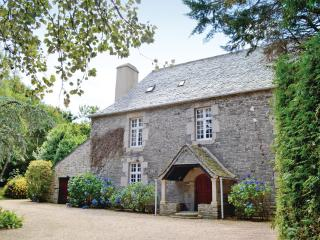 Stunning 17th Century French Manoir, Taule