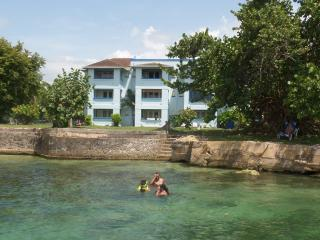 Sea Breeze Beach Studio, Negril