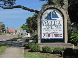 Fabulous First Floor Flat!, Fernandina Beach