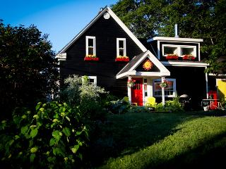 Beautiful Country Cottage in St.Margaret's Bay, Halifax