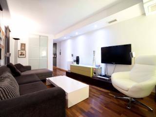Diseño y confort en el centro - Navas, Alicante