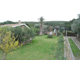 Villa 1000 ml from the beach with private garden, Isola di Sant Antioco