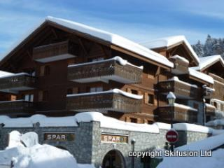 Les Cristallieres A6, smart 3 bed ski apt sleeps 6, Les Carroz-d'Araches